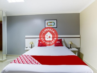 OYO Hotel Via Universitária