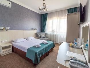 Отель «Коржов»