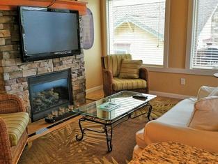 シルバー ビーチ レイクサイド スイート - 1 ベッドルーム アパートメント