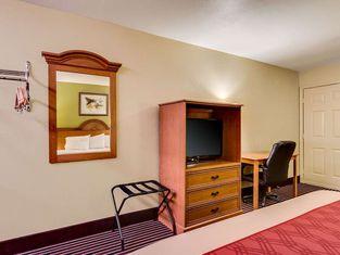 Econo Lodge Lake Charles University Area