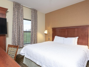 Hampton Inn & Suites Valparaiso