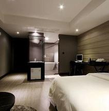 Donggyeong Hotel