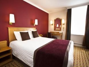 County Hotel Newcastle