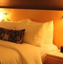 里贾纳三角洲酒店