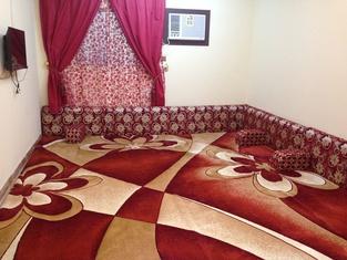 Al Eairy Furnished Apartments Tabuk 1