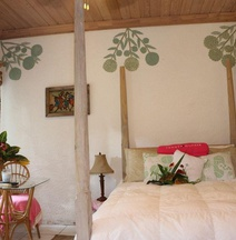 The Sugar Apple Lodging