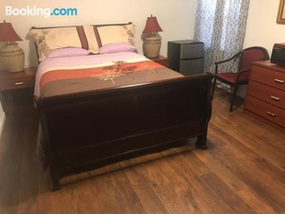 Guest Room in SF Bay