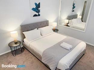 City Center - Modern 2-Bedroom Apartment