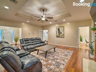Charming Columbus Home With Game Room, Near AFB