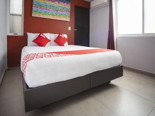 OYO Hotel Sf Express