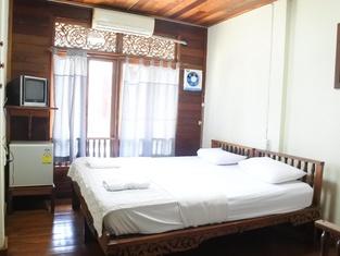 Buakhao Hotel