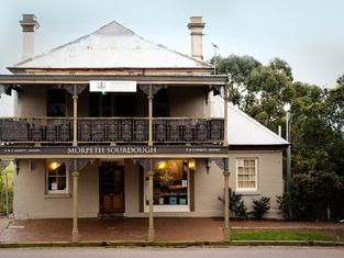William Arnott Hotel