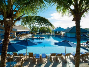 Infinity Blue Resort & Spa