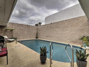 Updated Mcallen Townhome w/ Pool- Patio & More!