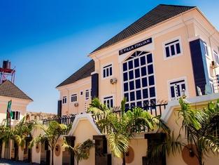 Villa Italian Hotels
