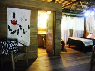 Chaab'Il B'e Lodge & Casitas