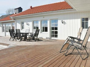 Beautiful Home in Karlstad w/ WiFi and 3 Bedrooms