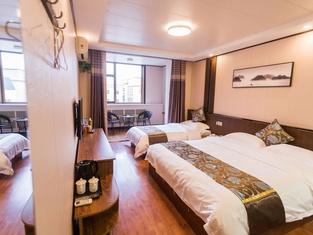 Daqing Jinhuzhixing Hotel