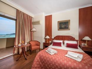 ストラーダ マリーナ ホテル