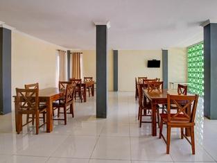 OYO 3812 Edutel Sade Raya Kuta Hotel Lombok