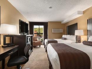 Days Inn by Wyndham Calgary Northwest