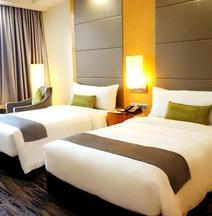 โรงแรมเดอะวอเตอร์ฟร้อนท์