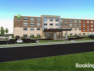 Holiday Inn Express & Suites - Brandon