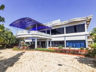 OYO 3692 Hotel Akbar