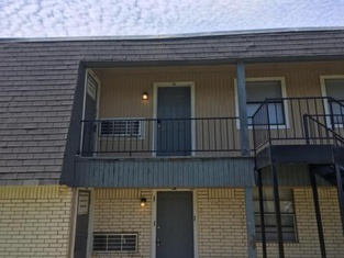 1 Bedroom Apartment for you! Next to Fort Sill
