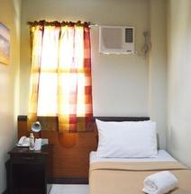 Ati-Atihan Festival Hostel & Conference Center