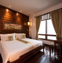 Pukha Nanfa Hotel