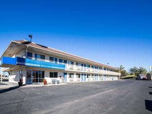 OYO Hotel Miles City MT