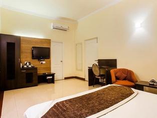 Status Hotel & Resort