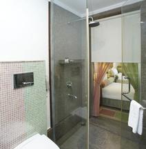 泰姬瑪哈陵路克瑙飯店