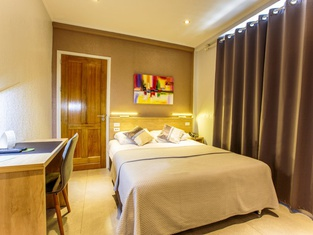 Q-Inn Boutique Hotel