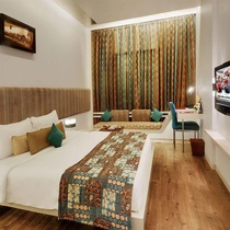 Hotel Kohinoor Continental,Airport