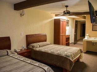 Hotel Rincon Real Suites