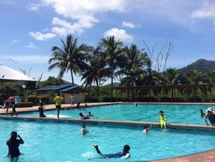 Sanshui Resort