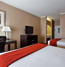 Holiday Inn Express Saint Simons Island