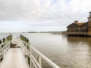 Cedar Key Duplex Home With Dock and Stellar Ocean View