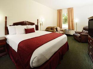 Savannah House Hotel