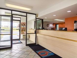 โรงแรมแอครอน นอร์ทเวสต์ - คอปลีย์