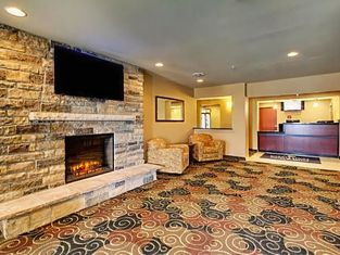 Stanton Inn and Suites