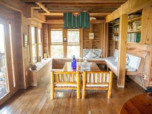 Roatan Bed & Breakfast Apartments