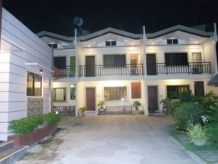Yoo C Apartment