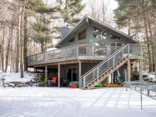 Waterfront Luck Cabin With Bone Lake Views and ZipLine!
