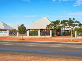 Osprey Holiday Village Unit 108 - Serene 3 Bedroom Holiday Villa With a Pool in the Complex