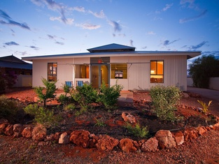 9 Skipjack Circle - Lovely Pet-Friendly Holiday Home With a Breezeway