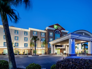 Holiday Inn Express Hotel & Suites Florence I-95 at Hwy 327, an IHG Hotel