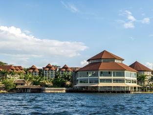 Malaika Beach Resort
